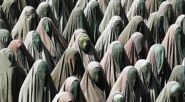 Islam-Frauen-Gewalt
